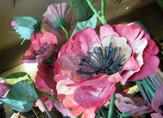 #StateStreetChicago #Anthropologie paper poppies close up from window display craft flowers