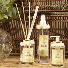 Linha bambu: aromatizador de ambientes, home spray e sabonete líquido.  Aroma fresco e levemente cítrico com notas de lima e freesia.