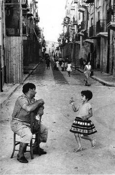 Cefalù, 1958 - foto Enzo Sellerio