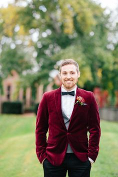 Say yes to the velvet tuxedo. Photography: Kylee Of Kytography - www.kytography.com