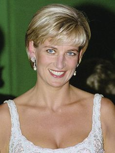 Princess Diana in 1997, The people's Princess. She was so beautiful.