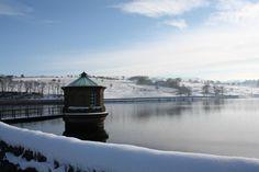 Fernilee Reservoir Valley View, Peak District, Derbyshire, Landscape Photographers, National Parks, Places To Visit, Cabin, House Styles, World