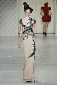 Abstract lines inspired fashion