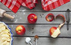 Healthy Apple Spice Dump cake