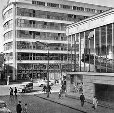 "lata 60 - te Powszechny Dom Towarowy ""Praga"" i Kino ""Praha"". Ppr, Capital City, Illusions, City Photo, Multi Story Building, Photo Wall, Louvre, Street View, Black And White"