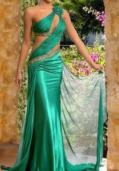 Esmeralda drapeado.                                                                                                                                                      Más