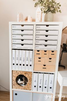 Kallax, Ikea Expedit, Organizing Paperwork, Home Office Organization, New Swedish Design, Ikea Boxes, Ikea Hack, Decor Styles, Locker Storage