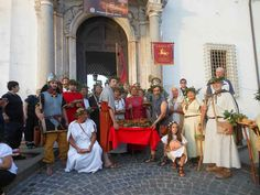 66° Sagra della Porchetta di Ariccia Afflusso record di visitatori italiani e stranieri: grande successo anche per le manifestazioni culturali e il Corteo di Cerere in costume romano Una 66°