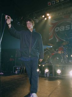 Liam Gallagher 1994, Lennon Gallagher, Liam Gallagher Oasis, Noel Gallagher, Music X, Music Icon, Rock N, Rock And Roll, Oasis Music