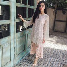 #heythere #superstar  #MayaAli #slayingit in #mariabeveningwear #mayaaliformariab #shoponline www.mariab.pk
