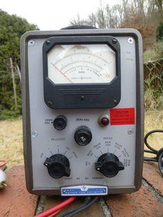 Vintage Hewlett Packard HP Model 410B Vacuum Tube Voltmeter Estate Powers On #HewlettPackard