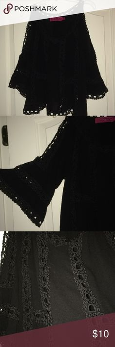 Black Lacey shirt Cute black Lacey top only worn once Boohoo Tops Blouses