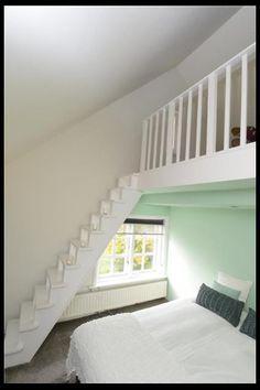 Vliering Attic Loft, Bedroom Loft, Teen Bedroom, Bedroom Decor, Pink Bedroom For Girls, Room London, Loft Spaces, Living Spaces, Attic Renovation