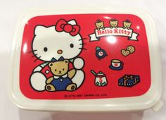 Hey, I found this really awesome Etsy listing at https://www.etsy.com/listing/237581290/vintage-hello-kitty-lunch-box-1991