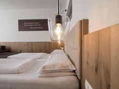 VALAVIER Aktivresort - Angebote Floating Nightstand, Bed, Winter, Table, Furniture, Home Decor, Double Room, Sunroom Playroom, Walk In Closet