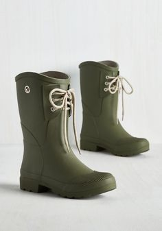 Rainy Route Rain Boot in Moss. Whether youve got a drizzly commute or a wet dog walk ahead, these classy rain boots will keep your toes both dry and looking darling! #green #modcloth