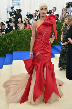 Rita Ora in Marchesa at the Met Gala - The Biggest Red Carpet Risk-Takers of 2017 - Photos