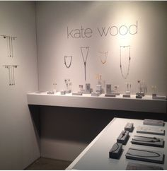 Minimalist jewelry display - Nice blocks to showcase each piece