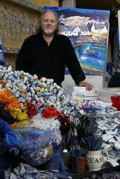 Scottish artist John Lowrie Morrison, also known as Jolomo in his studio in Tayvallich, Argyll, on the west coast of Scotland Painters Studio, Art Party, Belle Photo, Art Studios, Artist At Work, Traditional Art, Contemporary Artists, Great Artists, Art Images