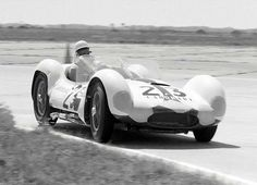 Stirling Moss in his Maserati Tipo 61 at Sebring in 1961.…   Flickr