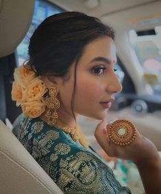 Indian Bridal Outfits, Indian Bridal Fashion, Indian Bridal Makeup, Hairstyle For Indian Wedding, Indian Hairstyles For Saree, Bridal Hairstyles, Wedding Looks, Bridal Looks, Bridal Style