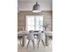 wood wall, white furniture At the Lake Modern Cabin Interior, Interior Design, Modern Scandinavian Interior, Natural Wood, Dining Room Chairs, Dining Table, Kitchen Dining, Side Chairs, Rustic Homes