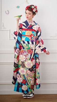 Japanese Yukata, Japanese Costume, Japanese Outfits, Japanese Fashion, Asian Fashion, Fashion Beauty, Kimono Fashion, Fashion Outfits, Traditional Outfits