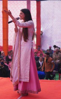 Nimrat Khaira, Churidar, Punjabi Suits, Actors & Actresses, Sari, Relationship, Movies, Outfits, Beauty