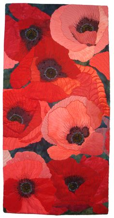Vivacious Vermilion by Sue Siefkin art quilt Art Floral, Fruit Flowers, Quilt Modernen, Flower Quilts, Textile Fiber Art, Landscape Quilts, Thread Painting, Illustration, Free Motion Quilting