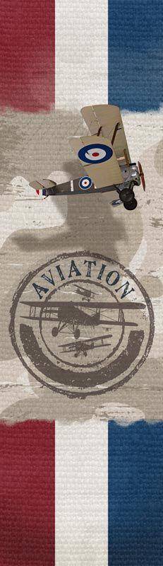 Weer een super gave muursticker van Kleef enzo.nl Deze muursticker van een oud leger vliegtuig in combinatie met de camouflage en de stoere linnenlook is echt super stoer. Een tijdloos ontwerp voor stoere jongens!