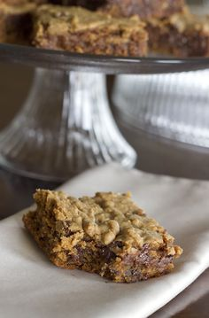 Naturally Sweet Recipes: Peanut Butter Chocolate Chip Blondies