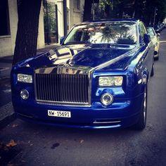 #rolls #royce #phantom ! Today in #milano #supercars #like #carspotting