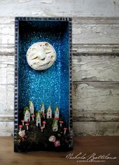 for the playroom/child's room wall----Moon Shrine - Nichola Battilana Shadow Box Kunst, Shadow Box Art, Altered Tins, Altered Art, Diy And Crafts, Arts And Crafts, Paper Crafts, Assemblage Art, Art Plastique