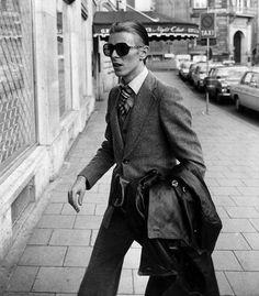 The Thin White Duke circa 1976 ☇