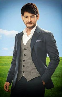New Training Mahesh babu Amazing Pic collection 2 . Handsome Men Quotes, Handsome Arab Men, Spine Tattoos For Women, Beautiful Tattoos For Women, Woman Sketch, Woman Drawing, Mahesh Babu Wallpapers, Telugu Hero, Pakistani Party Wear Dresses