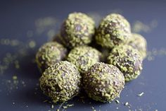 These double chocolate energy balls are loaded with good raw energy. Matcha, Maca, Cacao, Almonds, Chia....what more could you ask for?
