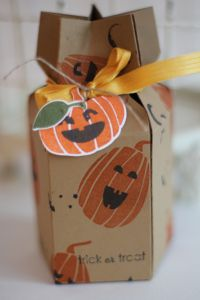 Inky Fingers Blog: Star box Tutorial Holiday Mini Products: Fall Fest, Holiday Invitation, Ghoulish Greetings.
