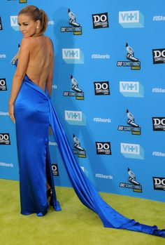Carmen Electra rocks Ines Di Santo electric blue gown at the 2013 Do Something Awards!