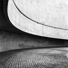 tad ando | architecture-concrete-circle