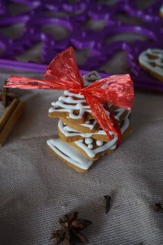 Biscotti di Natale al caramello e anice
