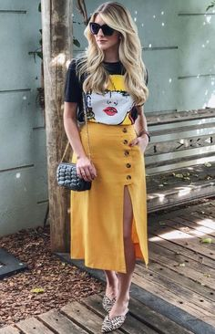 Midi Skirt Trend - { fave outfits - outfit - looks } - Saias Edgy Outfits, Mode Outfits, Simple Outfits, Classy Outfits, Skirt Outfits, Fashion Outfits, Fashion Trends, Fashion Ideas, Spring Skirts