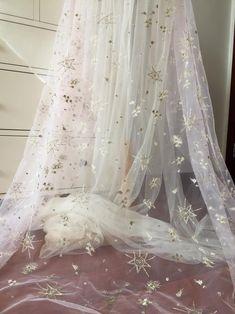 10 Skillful Clever Tips: Curvy Wedding Dresses Plus Size wedding dresses red asian.Wedding Dresses Cheap Color Palettes wedding gowns lace plus size.Wedding Gowns Lace Plus Size. Wedding Dresses Plus Size, Modest Wedding Dresses, Prom Dress, Backless Dresses, Formal Dress, Dresses Elegant, Vintage Dresses, Bridal Gowns, Wedding Gowns
