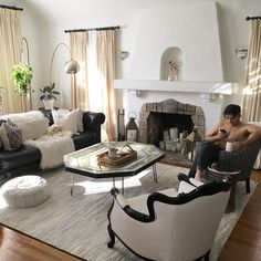 MR. Kate's living room>>>  I FRICKEN NEED IT and maybe throw in shirtless Joey too