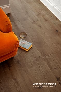 Chepstow Planed Oak flooring is strong and stylish with warm, caramel tones. Get a free sample at our website.