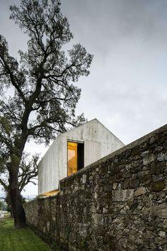 AZO . The Dovecote . Braga (14)