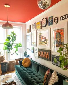 Eclectic Home Tour - Home Ec - Love this colorful room with red ceiling, blue velvet sofa and eclectic gallery wall # - Living Room Red, Colourful Living Room, Eclectic Living Room, Eclectic Decor, Living Room Decor, Eclectic Design, Good Living Room Colors, Colorful Rooms, Eclectic Furniture