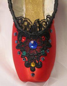 Columbine/ Harlequin/ Kissy Doll Nutcracker decorated pointe shoe. Nutcracker ballet gifts. Custom designs available.