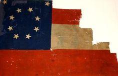 Jackson artillery flag ~ Cannonballhouse Museum, Macon GA Civil War Flags, Civil War Art, Confederate States Of America, Confederate Flag, Military Art, Military History, American Civil War, American History, Rebel Yell