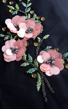 Embroidery Designs Hand-made motif with pink sequins flowers and beaded leaves Bead Embroidery Patterns, Tambour Embroidery, Hand Work Embroidery, Couture Embroidery, Bead Embroidery Jewelry, Embroidery Fashion, Silk Ribbon Embroidery, Hand Embroidery Designs, Embroidery Stitches