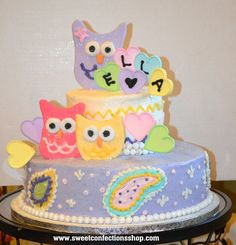 Owl baby shower cake.  This could also be used as a owl birthday cake.